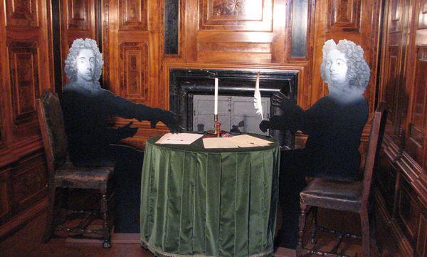 Szene im Schreibkabinett, Ausstellung im Residenzschloss Rastatt 2014